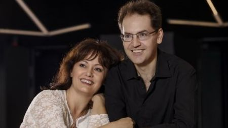 Kopie1-February-2019-Denes-Varjon-and-Izabella-Simon-Piano-Duo.jpg